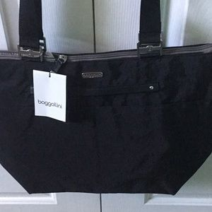BAGGALLINI ALL-AROUND TOTE BAG, BLACK,  NWT
